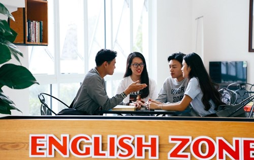 CLB English Zone
